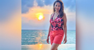 Madhuri Dixit Enjoying Vacation in Maldives